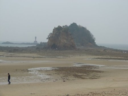 A big rock on Kkoti beach.